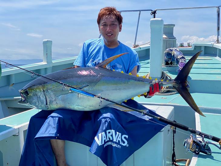 92lb Yellowfin at Sagami Bay