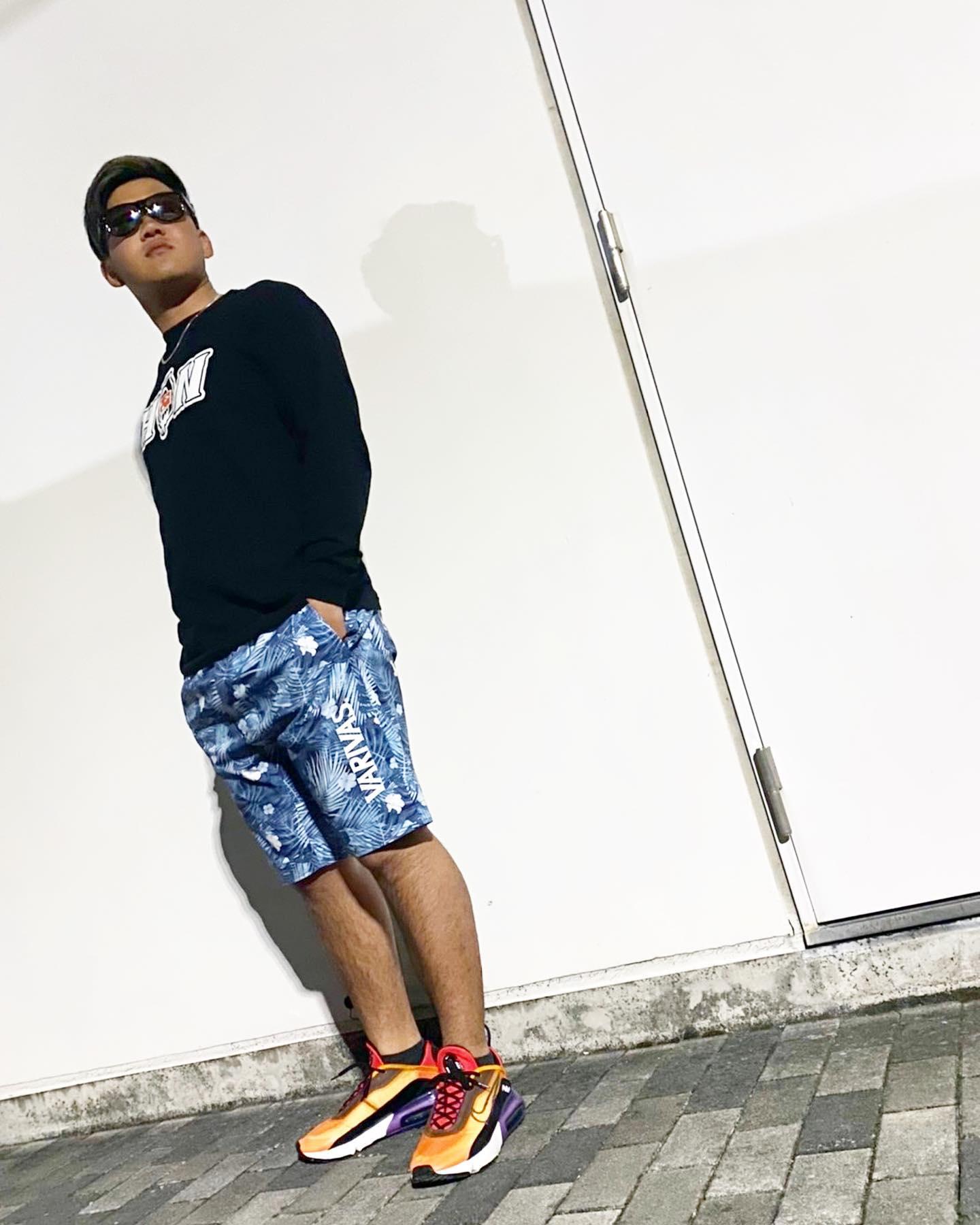 VARIVAS shorts